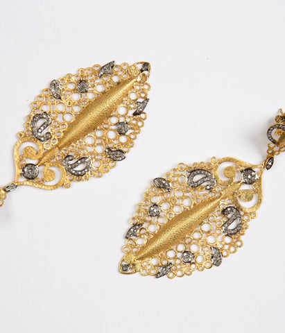 Hawa Earrings in 14K Gold and Diamonds