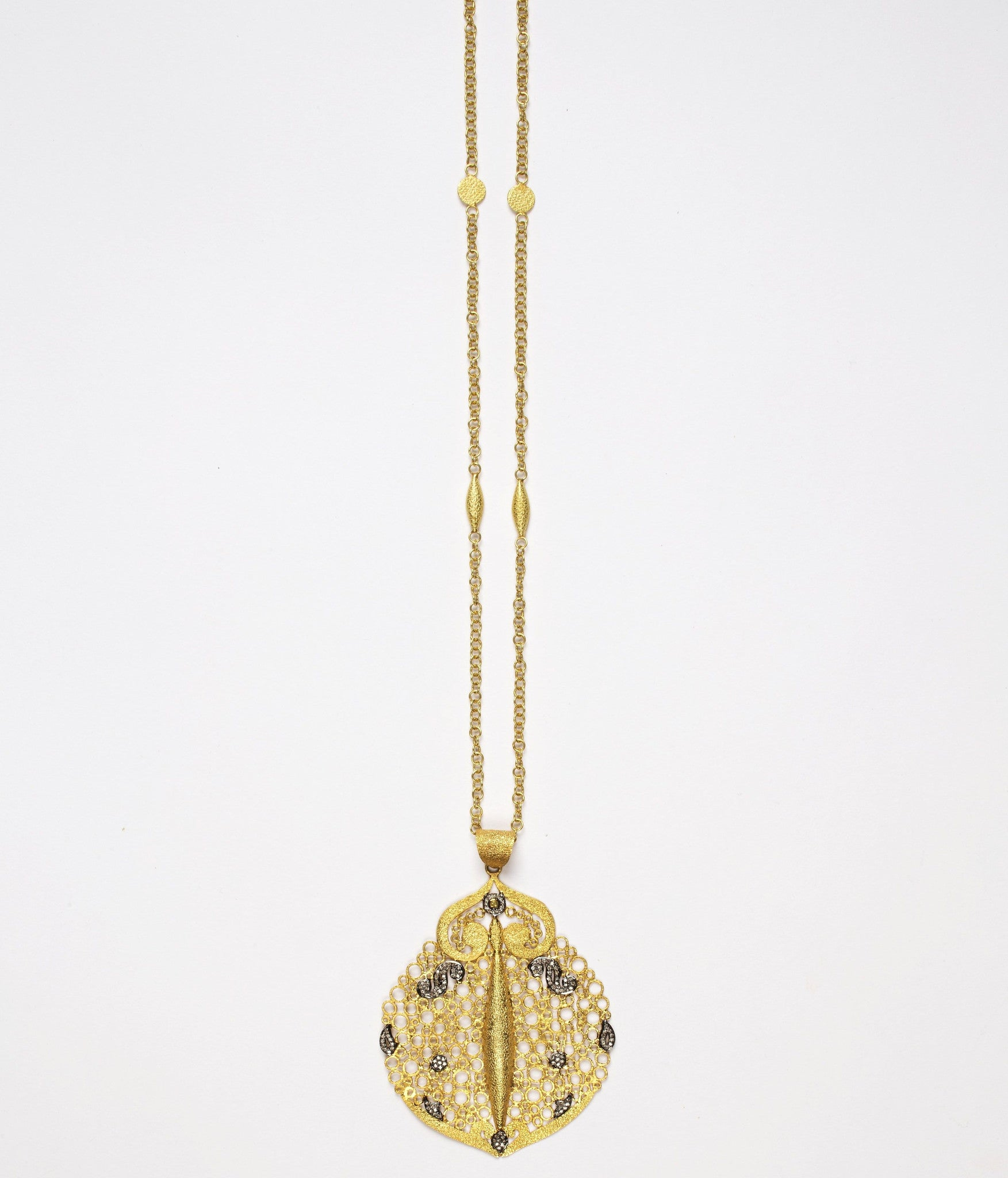 Hawa Pendant with JS Noor Chain with Diamonds on Chain