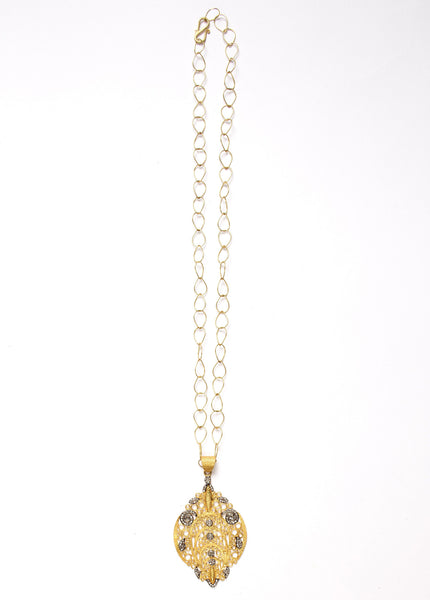 Hawa Pendant with Artistic JS Noor Chain