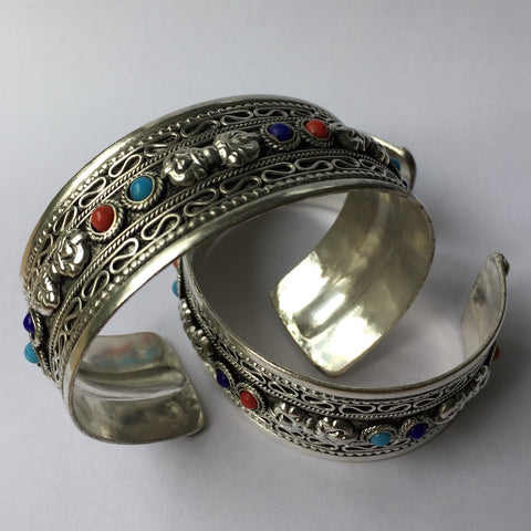 Bracelet, wide silver plate multi-stone - 20 pieces