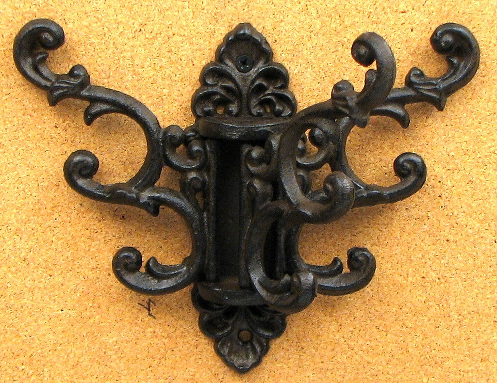 Ornate Swivel 3 Hooks