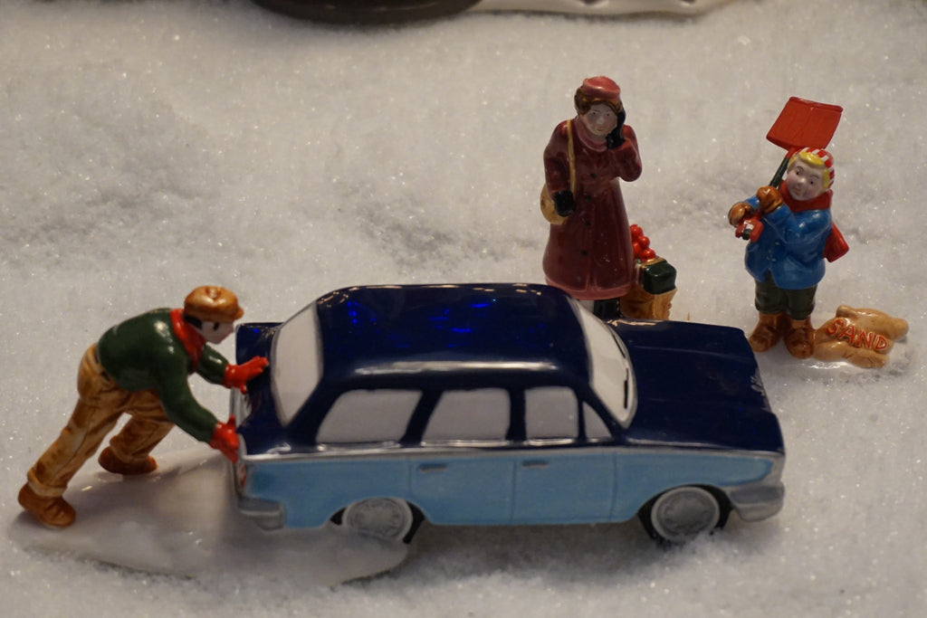 Department 56 Snow Village Series - Stuck in the Snow. Item number 54712