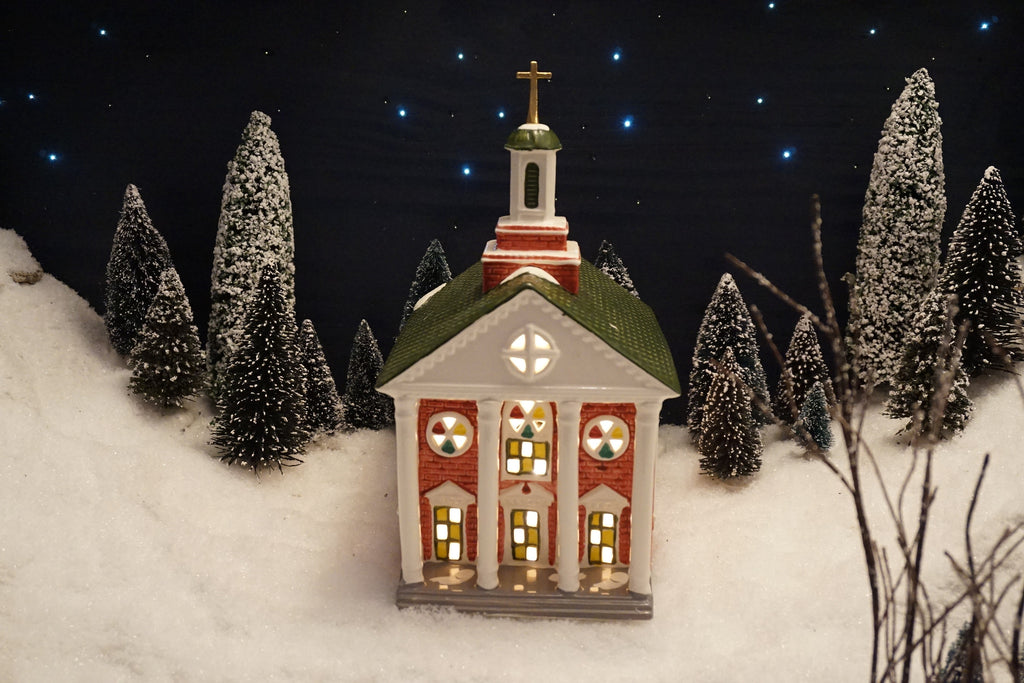 Department 56 Snow Village Series - Colonial Church. Item number 51195.