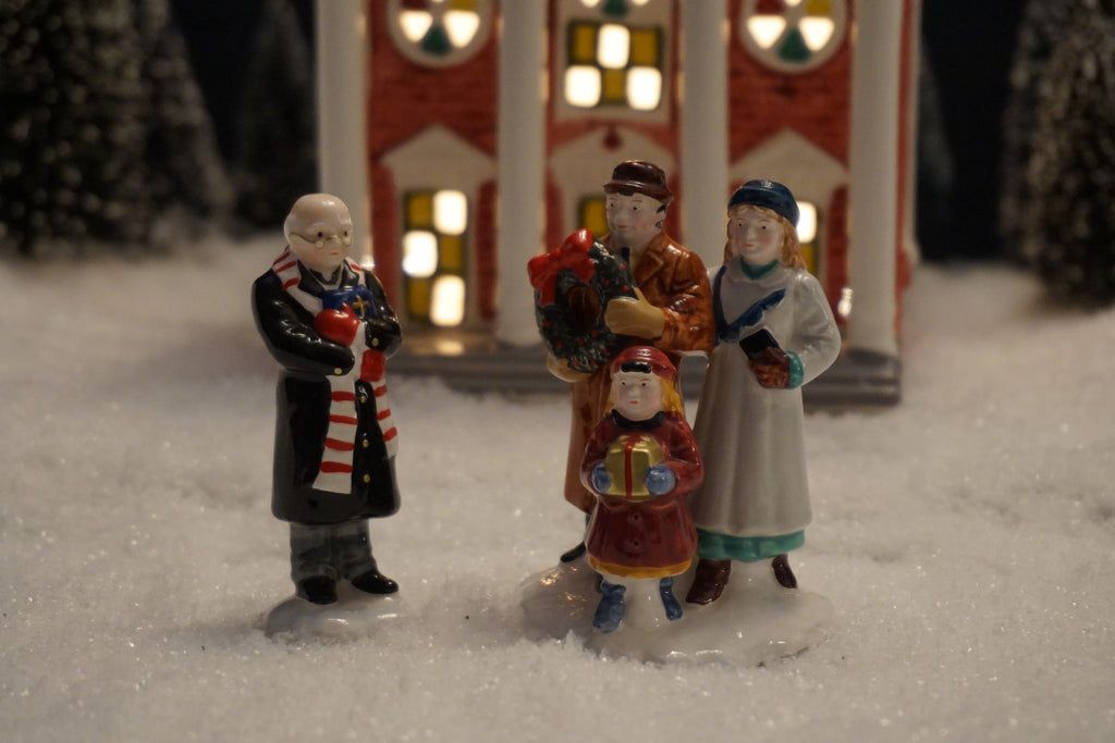 Department 56 Snow Village Series - Going to the Chapel. Item number 54763.