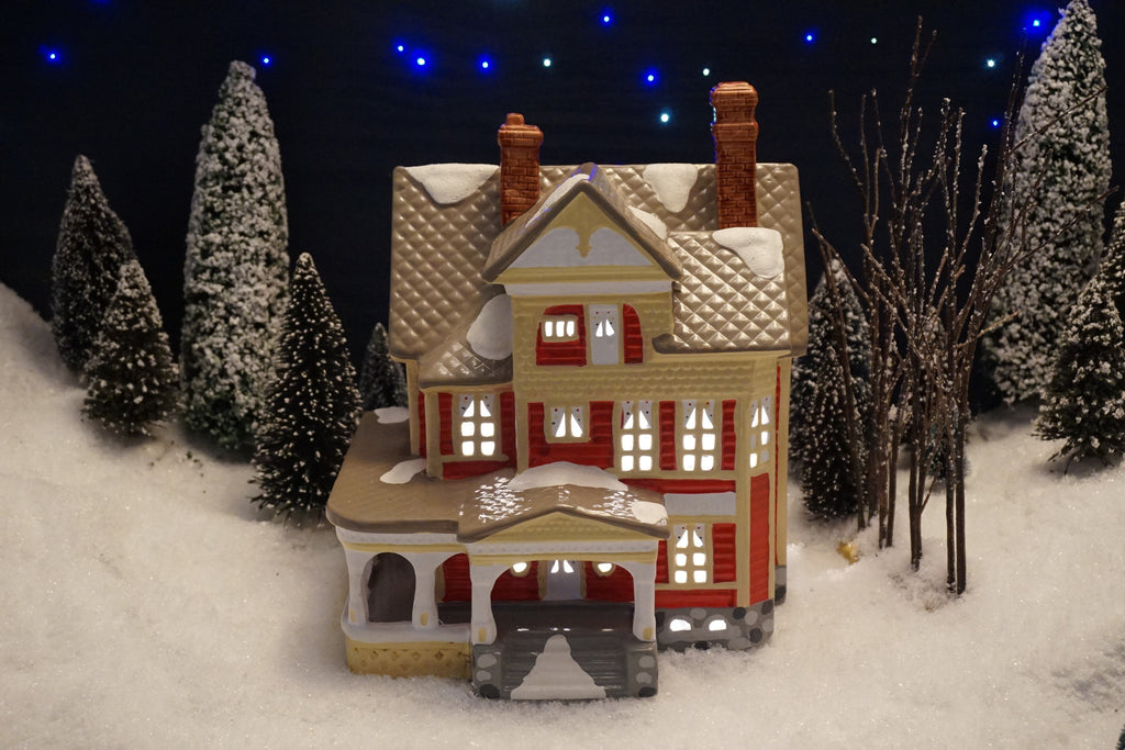 Department 56 Snow Village Series - Kenwood House. Item number 50547.