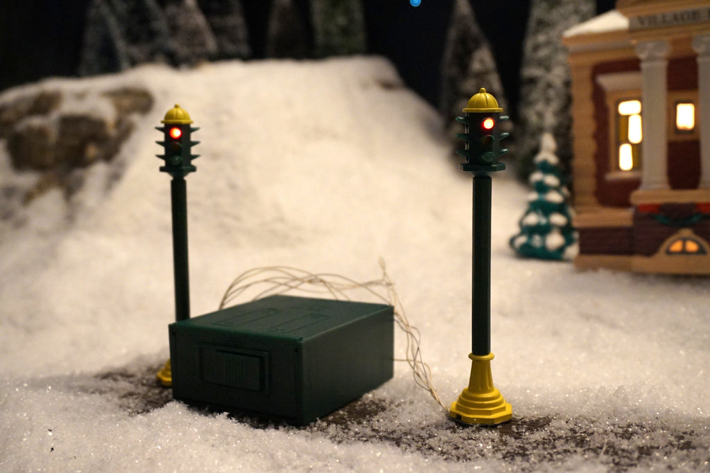 Department 56 Snow Village Series - Traffic Light Set. Item number 55000.