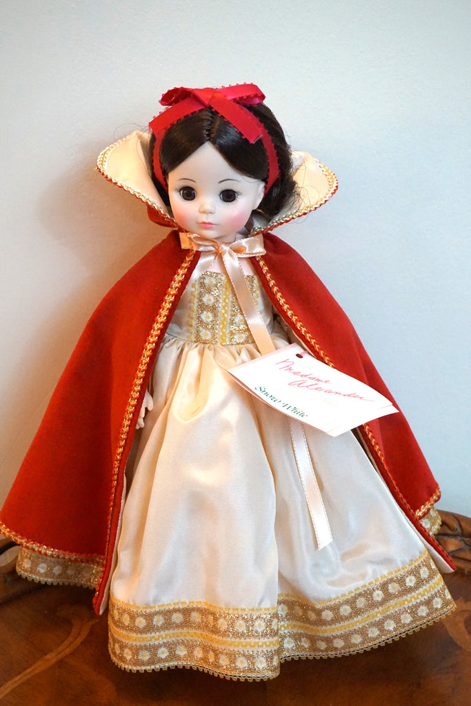 Snow White doll by Madame Alexander - #1556.