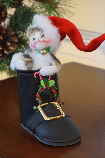 Annalee Kitty in Santa's Boot