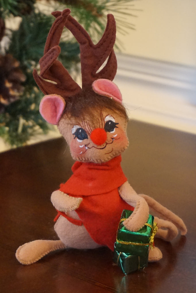 Annalee Mouse with Antlers