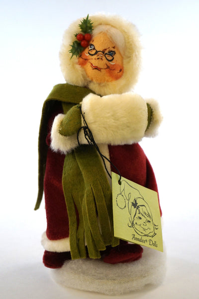 Vintage Annalee Mrs. Claus from 1986.