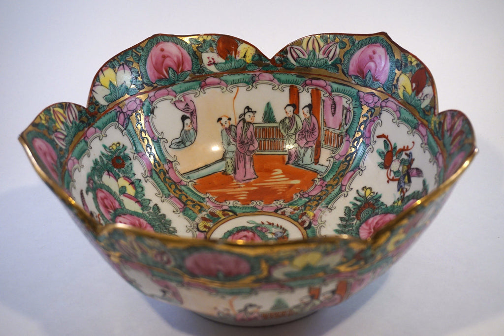 Rose Medallion Flower Bowl