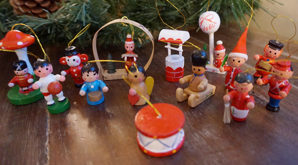Small Wooden Ornaments