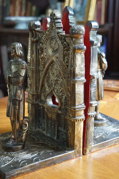 Medieval Knight Bookends