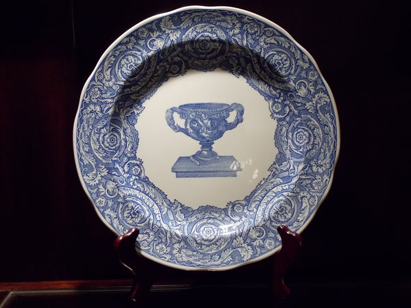 The Spode Blue Room Collection - Warwick Vase plate