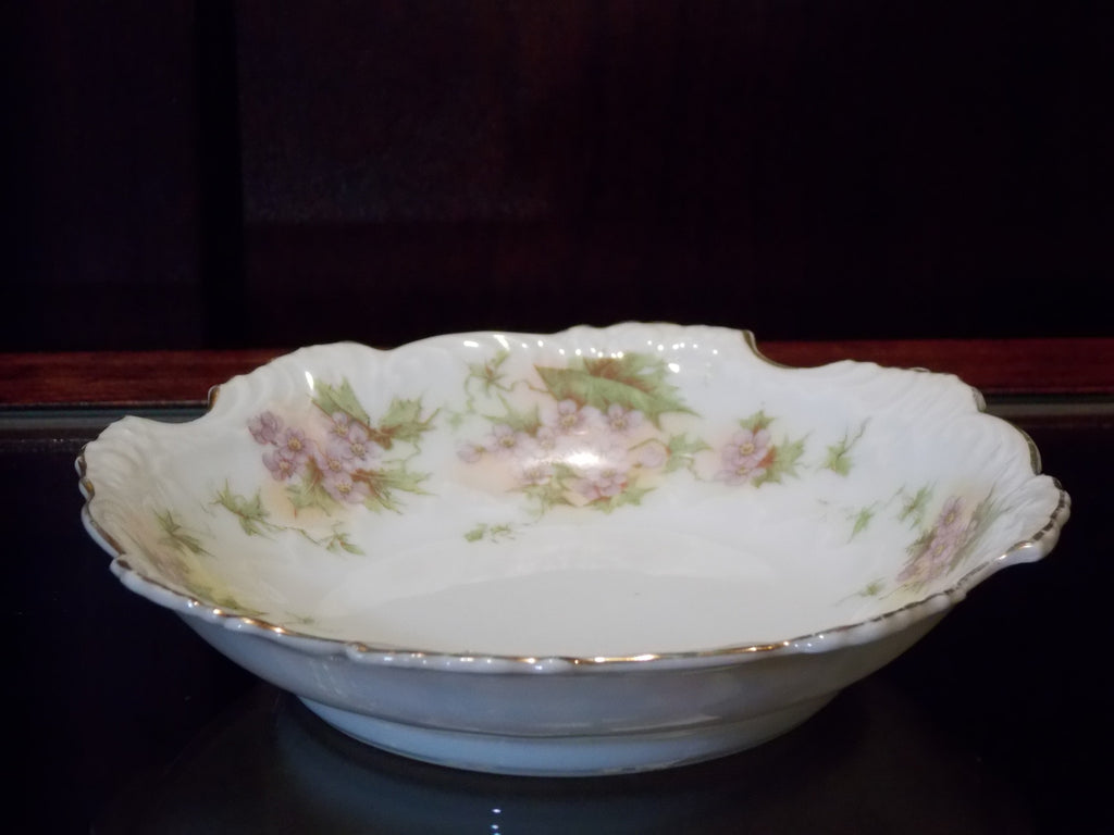 German tidbit bowl with a delicate scalloped edge