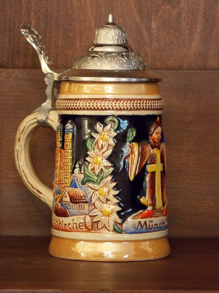 Original King stein with pewter lid and raised design