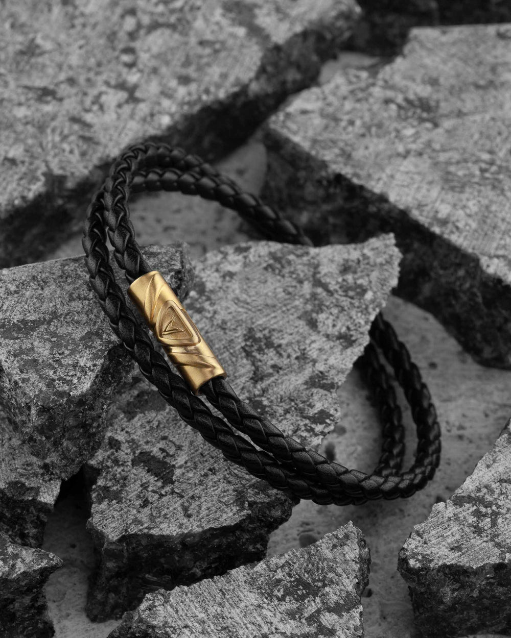 The Delta Double - Black/Gold