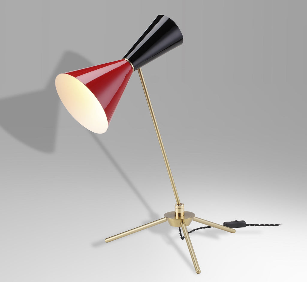 Stilnovo style desk/table lamp with brass plated frame and base and wet painted glossy shade