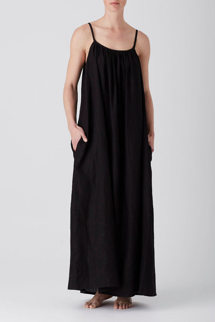 Black Iris Gathered Maxi Dress
