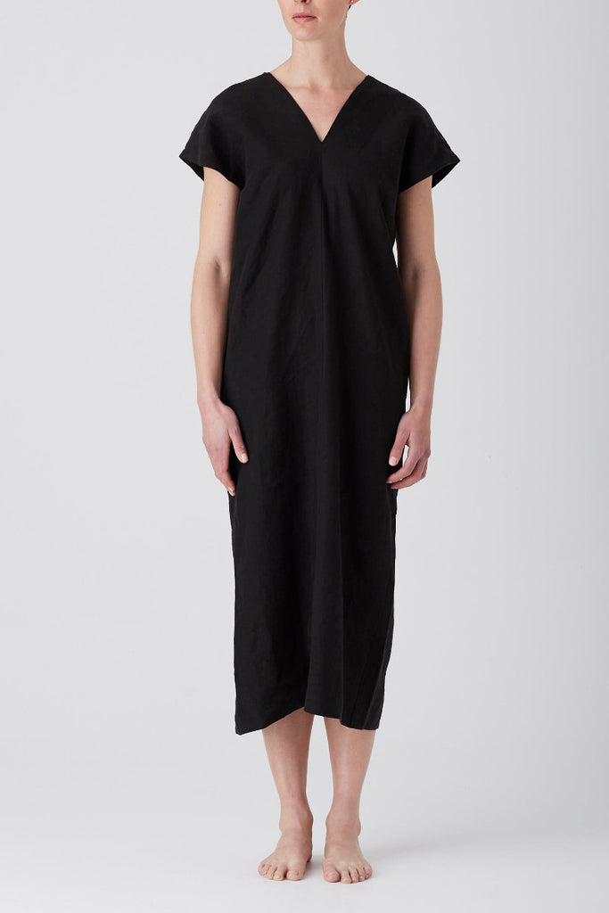 Black Iris Holiday Midi Dress
