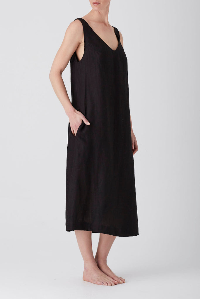 Black Iris V Neck Midi Dress