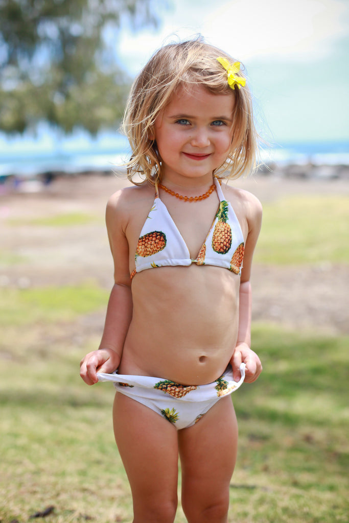Dress little ones for fun in baby swimwear. Spending the day in the pool or by the lake is a great way for the whole family to have fun. It also gets your baby or toddler used to the water and prepares them to learn to swim when they're older. Today's baby swimwear gives .