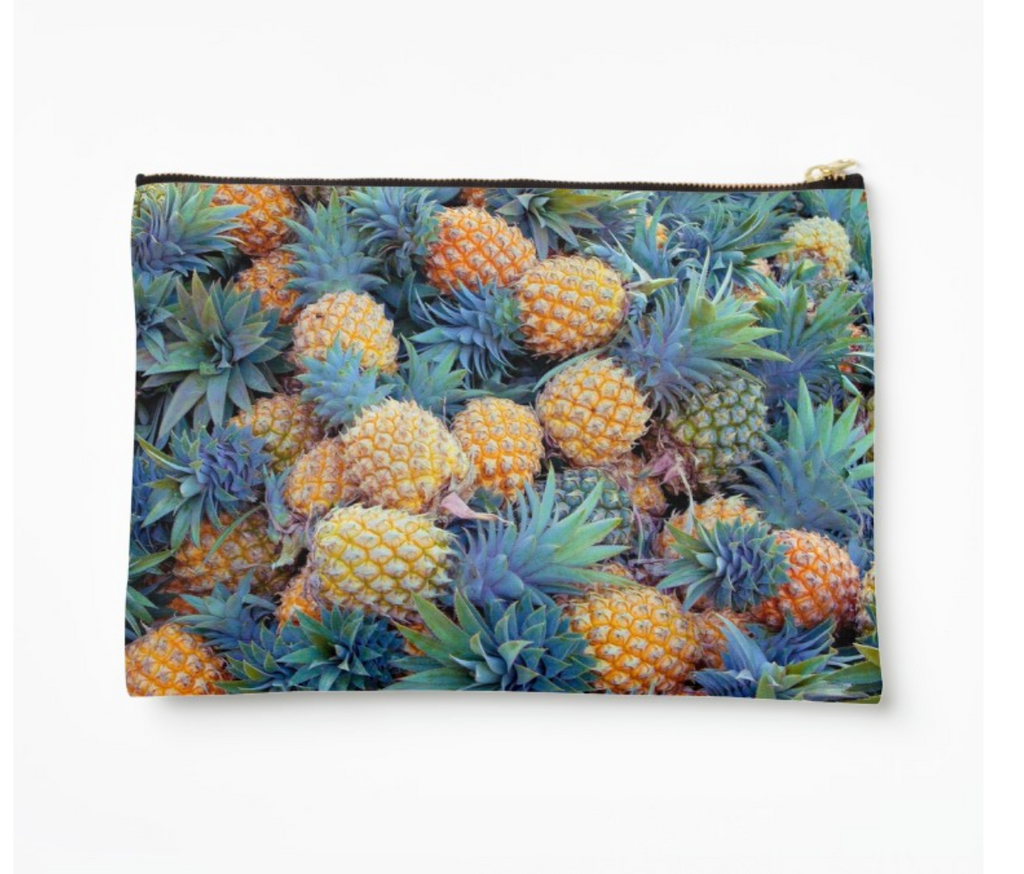 Tahitian Pineapple Harvest Clutch