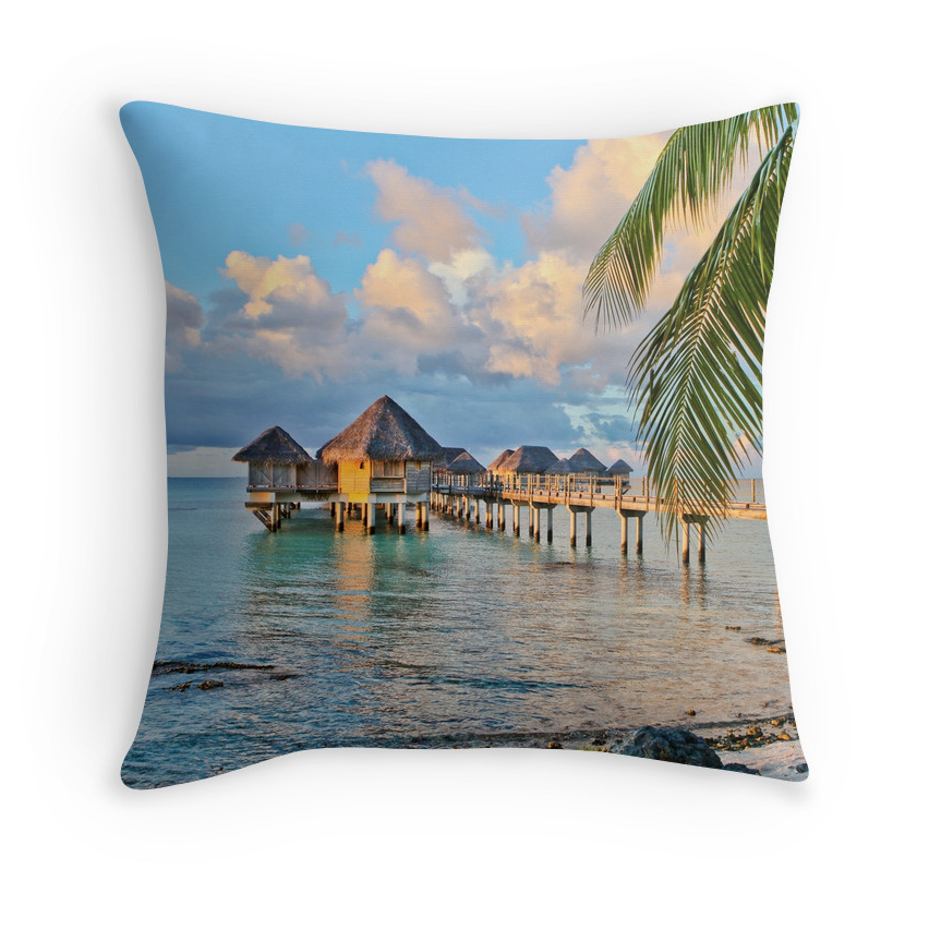 Tikehau Bungalows Pillow