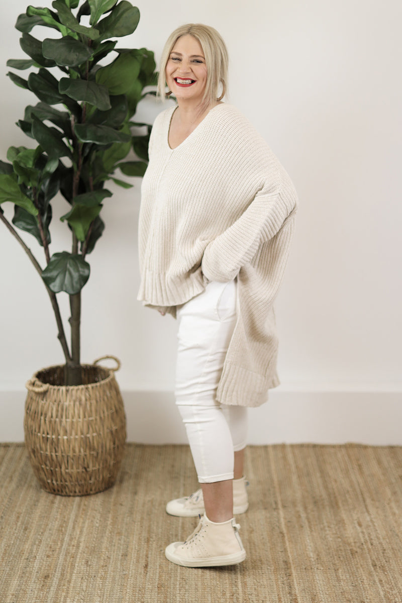 Relaxed V Knit | Oatmeal