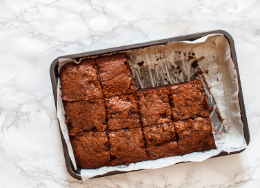Delectable Vegan Brownies With Raw Chocolate Sauce Hyperbiotics