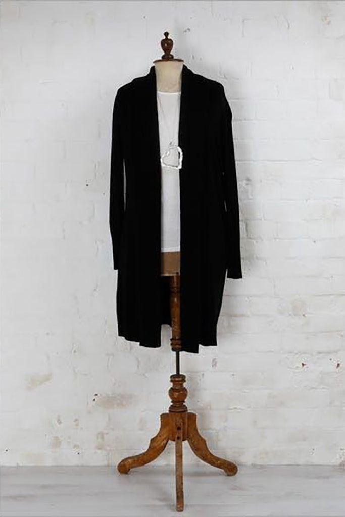LONG LINE LOOSE FIT CARDIGAN WITH CABLE KNIT FRONT LAPEL