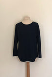 ROUND NECK RAGLAN SLEEVE CURVED HEM JUMPER