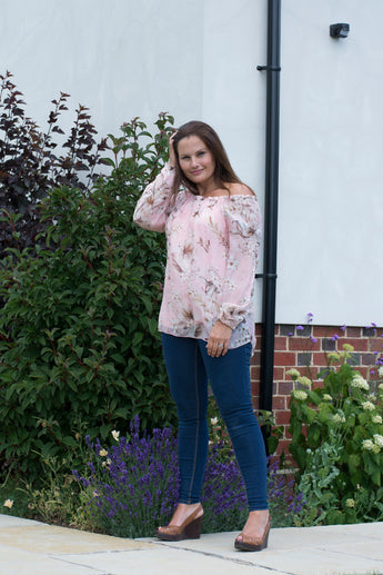 GYPSY STYLE SILK TOP IN SOFT FLORAL PRINT