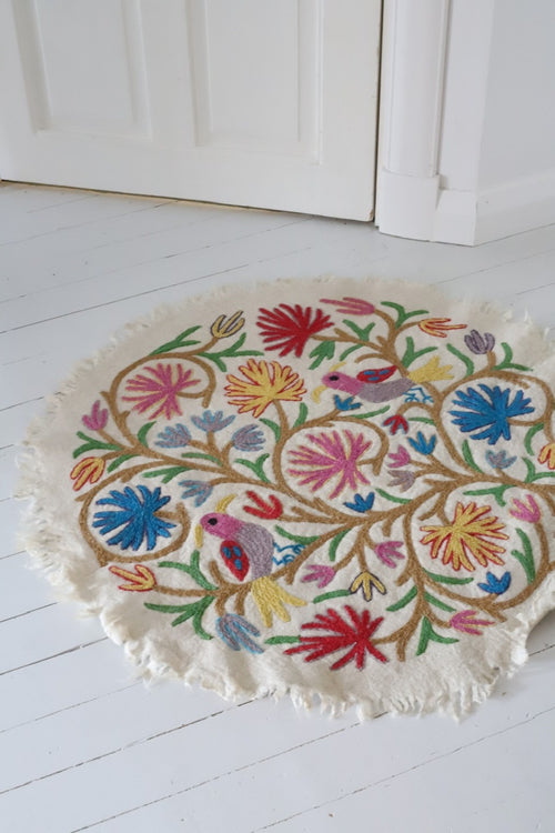 BIRDS CARPET ROUND by Tikau , NEW multicolor 90cm