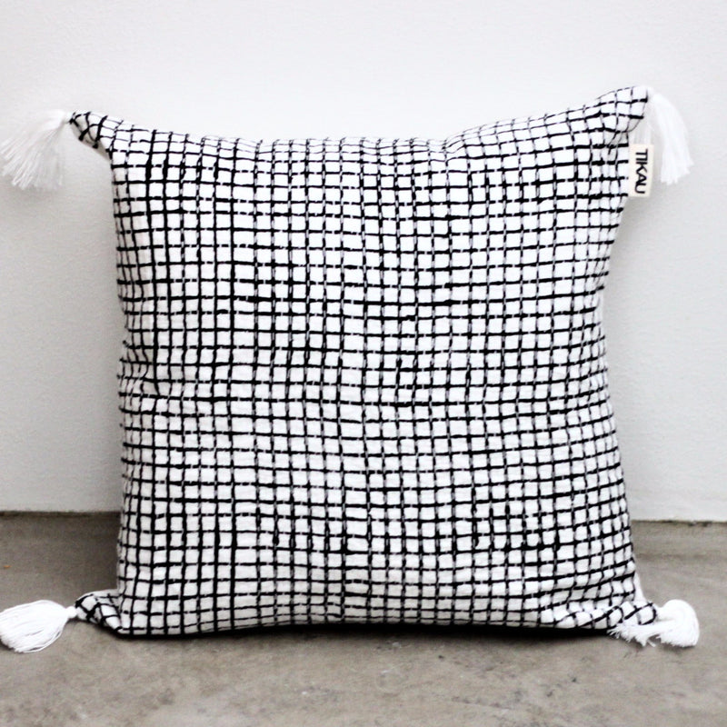 BLACK AND WHITE CHECK CUSHION COVER by Tikau