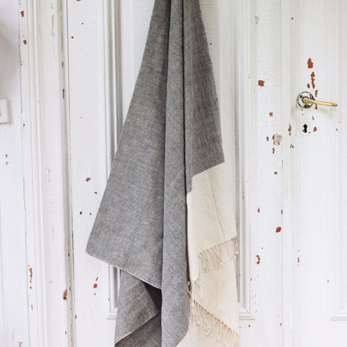 TOWEL ORGANIC COTTON by Tikau (100 x 190 cm)