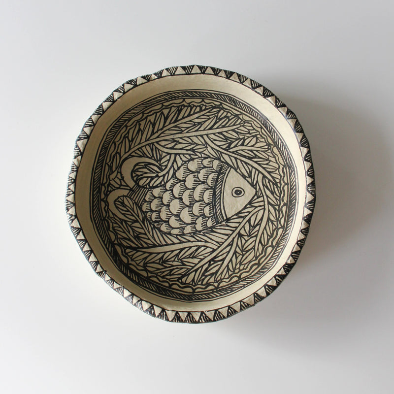 NEW! PRE-ORDER UNIQUE ART DECORATION PLATE FISH by Tikau
