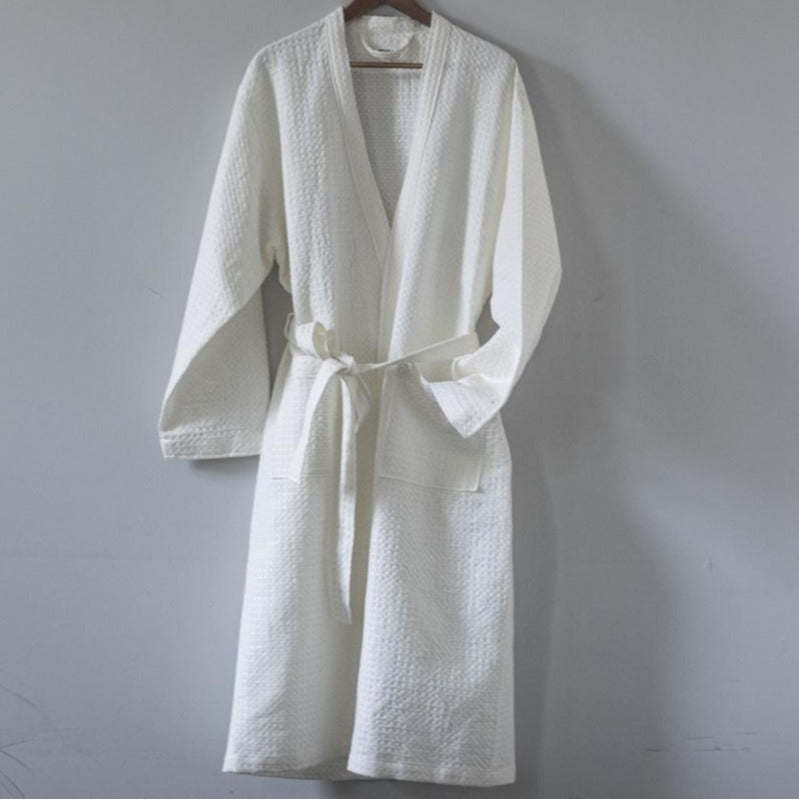 BATH ROBE WHITE LINEN/COTTON by Tikau