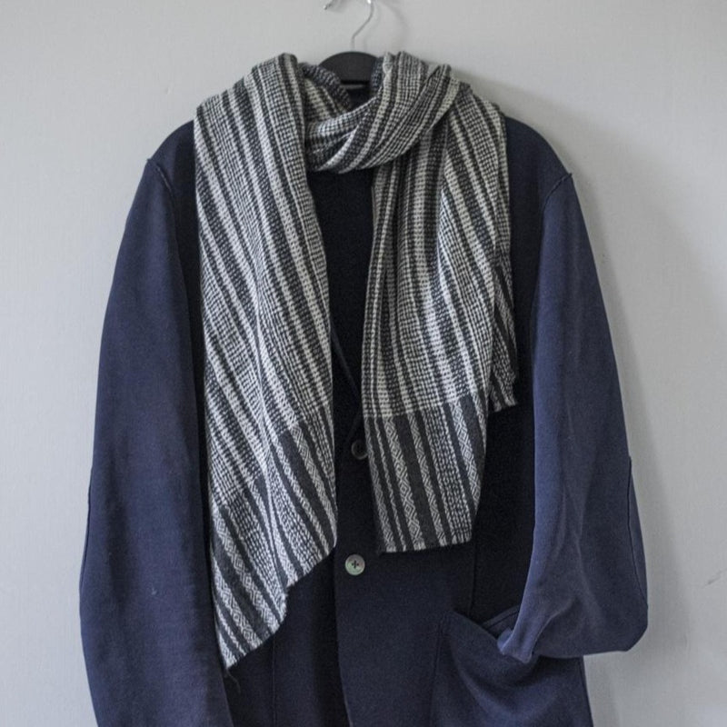 SHAWL WOOL BLEND by TIKAU (Dark grey stripes)