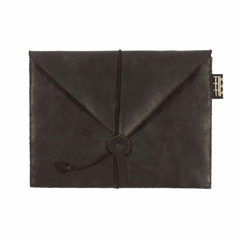CLUTCH FOR IPAD by Tikau