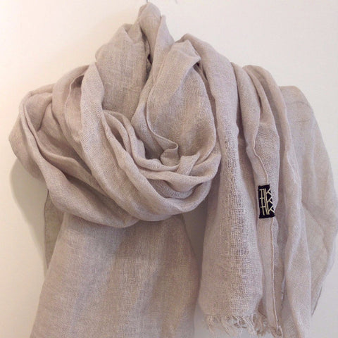 LINEN SHAWL by Tikau (light grey)