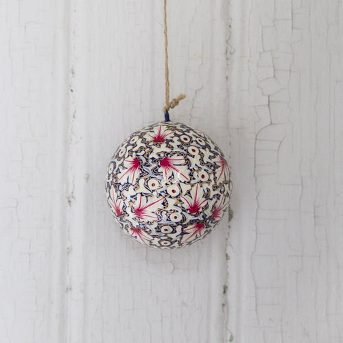 Christmas ornament bauble (Pink leaves) NEW