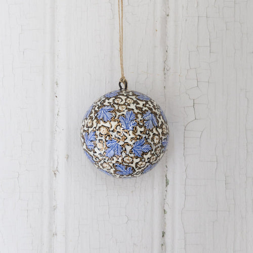 Christmas ornament bauble (Blue leaves)