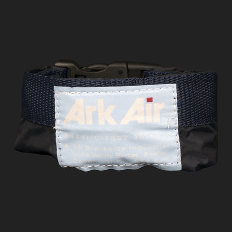 ARK AIR WATERPROOF BAG 8LTR (NAVY)