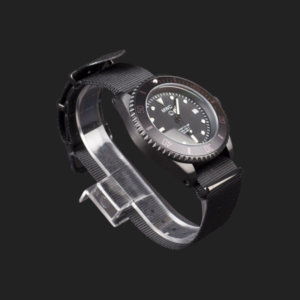 MWC SUBMARINER PVD STAINLESS STEEL 300M WATER RESISTANT DIVERS WATCH