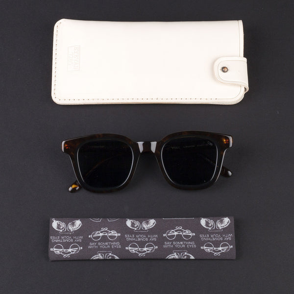 EYEVAN 7285 (715-301/300 RECTANGULAR CELLU IN CELLU SUNGLASSES)