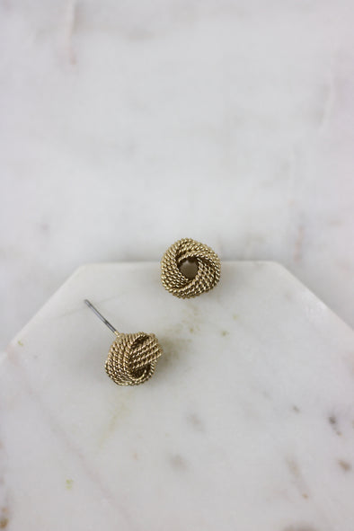 Simple Knot Studs