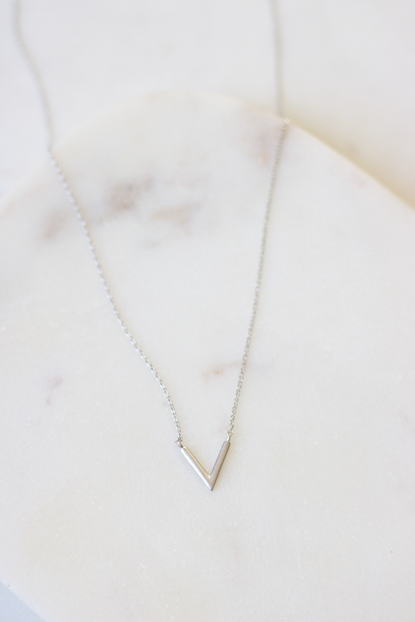Vivi Necklace