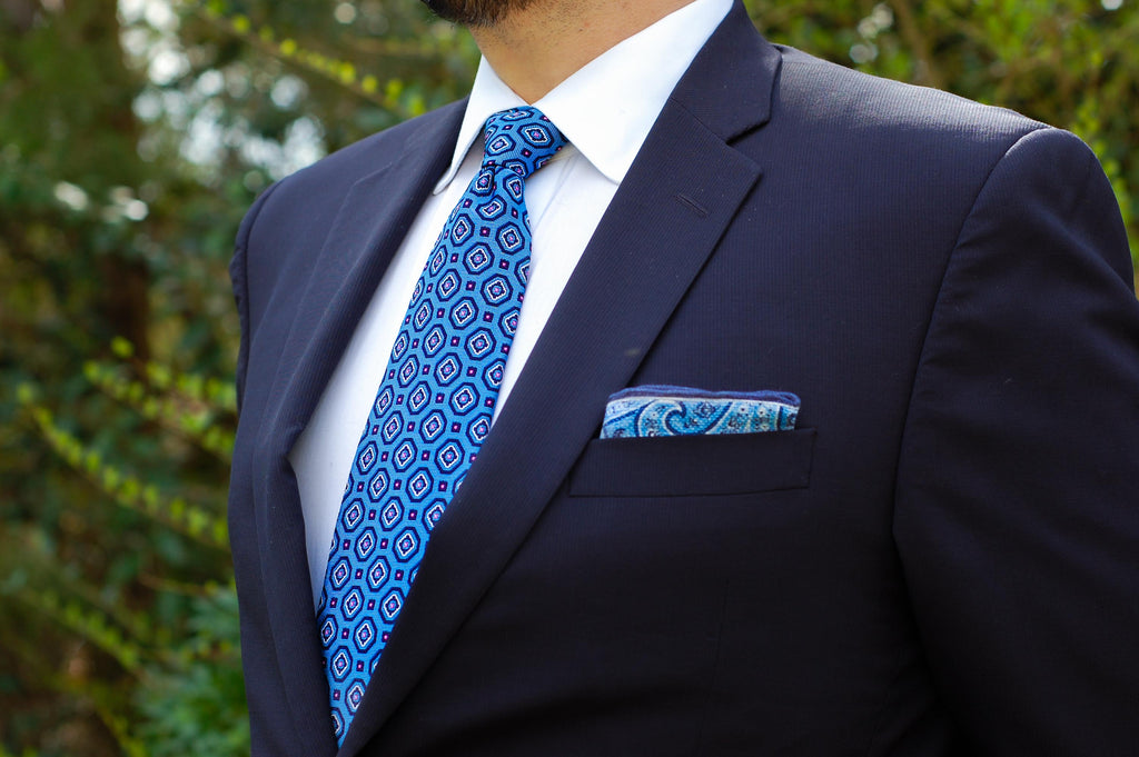 What is the Current Style for Men's Ties?