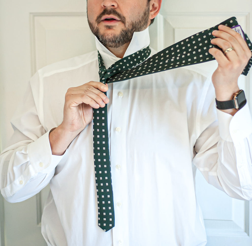 How to Tie a Windsor Knot - Step 4